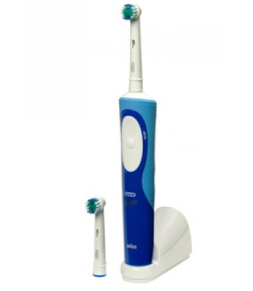 Oral B Toothbrush Vitality Precision Clean + 2 Refill